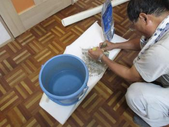 20150913ysama-toli_solid_vinyl_tile-under_construction01.jpg