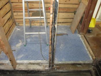 20170616ssama-bathroom-under_construction03.jpg