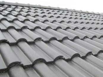 セメント瓦は塗装する事で、どんどん長持ちします。<br>15年以上経っている屋根は、検討した方がいいです。<br>屋根は見えない所なので、必ず信頼の置ける方に見てもらってください。<br>その際、写真撮影をしてもらえるとなお良いです。<br>■エーエスペイント SUN瓦Sトップ セメント瓦屋根塗装事例です。