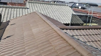 屋根の傷みを放置していませんか?放置し続けた結果、台風と重なって大きな被害が出てしまった事例です。<br>近年人気の軽量瓦「エアルーフ」への葺き替えを行いました。地震や台風などで屋根に対して不安を感じている方!おススメです。
