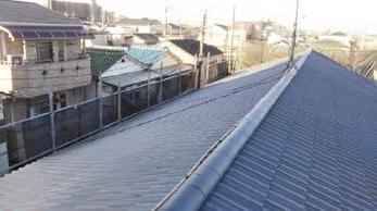 地震や台風などの対策に屋根を軽量化!話題のセメント瓦の「エアルーフ」葺き替え工事事例です。