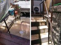 玄関前の階段に不便を感じていませんか?たった数段でも、手すりがあるととても楽になります!