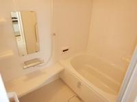 マンションの浴室リフォームってできるの?解体工事も含めて、4-5日程で出来上がります。マンションリフォーム用システムバス施工工事例です。
